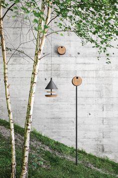 Mark Gabbertas Designs a Birdhouse and Feeder for Gloster - Design Milk Bird House Feeder, Diy Bird Feeder, Modern Bird Feeders, Outdoor Garden Furniture, Outdoor Decor, Modern Birdhouses, Bird Boxes, Nesting Boxes, Design Within Reach