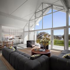 modern country residence - sonoma county, california | turnbull griffin haesloop + erin martin design.