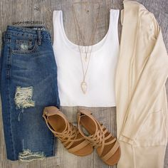 💛 Harper Cardigan, Juliet Distressed Jeans, & Always Gladiator Sandals Spring Summer Fashion, Spring Outfits, Autumn Fashion, Ootd Spring, Spring Clothes, Pretty Outfits, Cute Outfits, Look Chic, Everyday Outfits