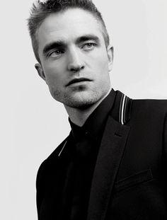 "vanelandia: """"Robert Pattinson's Portrait for GQ Men of the Year Party 2017 "" "" Beautiful Men, Beautiful People, Robert Pattinson Movies, Robert Douglas, Gq Men, Ginger Beard, Gq Magazine, Edward Cullen, Beard Tattoo"