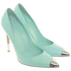 Pre-owned pumps turquoise (645 BAM) ❤ liked on Polyvore featuring shoes, pumps, turquoise, metallic pumps, gianvito rossi, pointy shoes, turquoise shoes and gianvito rossi shoes