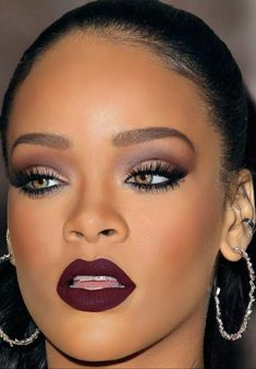 Can't Ignore the Beauty that is...Rihanna | Makeup Amino