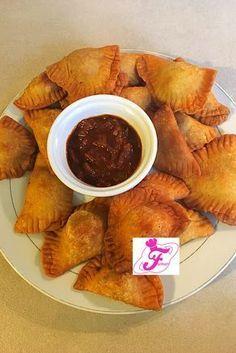 Pastels au Thon - Olivia S. Falafel, Empanadas, Hummus, Good Food, Yummy Food, Tasty, Eat This, Nigerian Food, Exotic Food