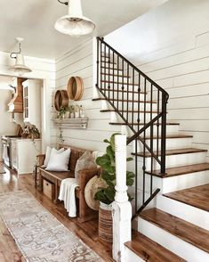 The rustic living room wall decor is indeed very eye-catching as well as lovely…. The rustic living room wall decor is indeed very eye-catching as well as lovely. Right here is a collection of rustic living room wall decor. Farmhouse Stairs, Farmhouse Interior, Farmhouse Homes, Farmhouse Design, Modern Farmhouse, Industrial Farmhouse, Farmhouse Ideas, Kitchen Modern, Rustic Design