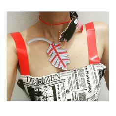 C H A V E I R O / P I N G E N T E   Eles podem ser usados de diversas formas,criados pela designer de Bolsas e Acessorios, ANDREIA RIVEROS, eles são super versateus e trazem charme e beleza pra as produções. SIGA NO INSTAGRAM: @andreiariveros #chaveiros#pingente#carnaval#itbag#bagcrush#artbag#summer#verão2018#moda#fashion#fashionbag#fashionblog#style#styleblog