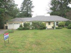 Photo of home for sale at 4012 Bronson Boulevard, Kalamazoo MI