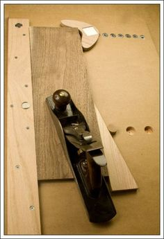 Hand planing, power sanding and chip carving jig. Stores easily for the small shop.