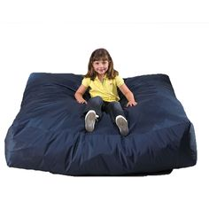 Crash pad to cushion movement-based activities for kids with autism and ADHD. Gives kids a soft and safe spot to land! Sensory Rooms, Sensory Play, Sensory Diet, Sensory Activities, Sensory Motor, Play Activity, Activity Room, Crash Mat, Sensory Equipment