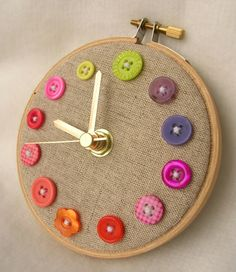 Perfect clock for a sewing room. Button and embroidery hoop clock. Would be cute with number buttons. Fun Crafts, Diy And Crafts, Crafts For Kids, Arts And Crafts, Room Crafts, Creative Crafts, Stick Crafts, Craft Rooms, Button Art