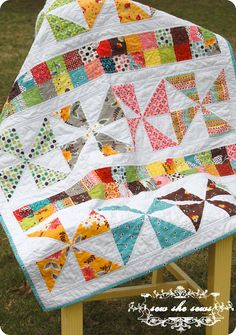 Such a pretty quilt with tutorial.