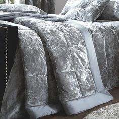 Stunning Catherine Lansfield Crushed Velvet bedspread, a luxury addition to your bedroom. Velvet Bedroom, Velvet Bedspread, Chic Bedding, Bedding Sets, Crushed Velvet, Bedding Collections, Bed Spreads, Contemporary Design, Comforters