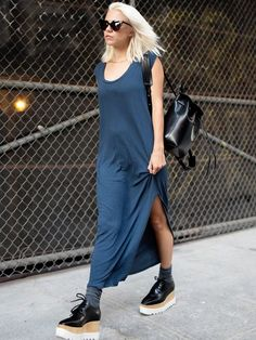 Dress like an IT girl with these platform oxfords and maxi dress combo.
