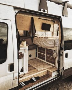 Caravan Fendt Platinum 470 TFB Isabella Kg total shower condition TOP Caravan Living, Bus Living, Tiny Living, Bus Life, Camper Life, Camper Van, Safari Condo, Combi T2, Van Dwelling