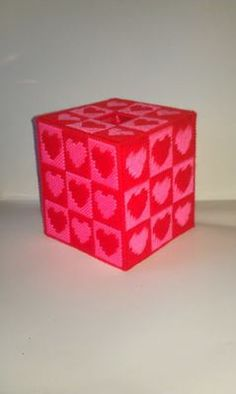 Valentine's Day tissue box cover - plastic canvas