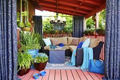 42 Cozy Small Outdoor Living Spaces 11 Deck Design Ideas and Tips for Small Spaces Livbuildingproductslivbuildingproducts 9 Small Outdoor Spaces, Outdoor Living Rooms, Small Patio, Small Spaces, Living Spaces, Small Decks, Outdoor Chandelier, Outdoor Lighting, Outdoor Decor