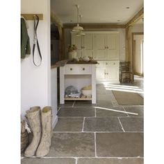 Dijon Aged and Tumbled Limestone
