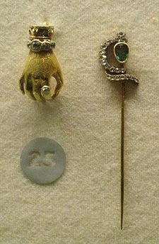 Tie pins for men Custom Lapel Pins, Lapel Flower, Suit Accessories, Tie Pin, Stick Pins, Men's Jewelry, Jewellery, Brooch Pin, Cufflinks