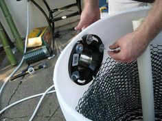 Keep your pond sparkling clean with this easy pond filter tutorial. Make your own pond filter now and say goodbye to your old muddying pond! Aquaponics Diy, Aquaponics System, Hydroponics, Backyard Water Feature, Ponds Backyard, Garden Ponds, Backyard Ducks, Backyard Waterfalls, Garden Oasis