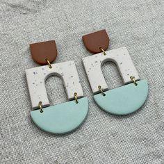 White Earrings, Leather Earrings, Statement Earrings, Dangle Earrings, Polymer Clay Creations, Polymer Clay Crafts, Polymer Clay Jewelry, Diy Clay Earrings, Clay Design