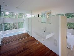 The-Ring-House-interior-bathroom-and-bedroom