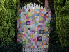 I love the use of Far Far Away fabrics in this quilt. Great inspiration for Kayla's wedding quilt.
