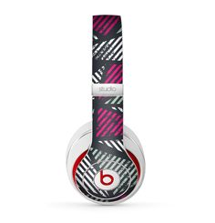 The Abstract Striped Vibrant Trangles Skin for the Beats by Dre Studio (2013+ Version) Headphones