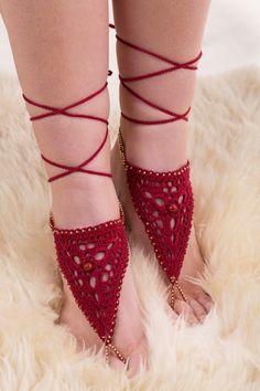 Carnets de chaussures rouges nus nus