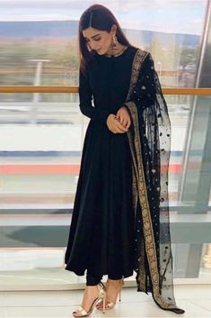 Indian designer suits - This Super Stylish Georgette Fabric Is Exclusively Crafted With Embroidery The Black Colour Suit Comes With Matching Bottom And Dupatta This Style Can Be Worn On Any Occasion And Can Crace Any Body Indian Fashion Dresses, Pakistani Dresses Casual, Indian Gowns Dresses, Dress Indian Style, Pakistani Dress Design, Black Indian Gown, Black Pakistani Dress, Beautiful Pakistani Dresses, Indian Fashion Trends