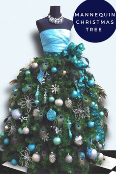 If you're looking for something stylishly different maybe you could give the mannequin tree a go! #christmastree #tree #mannequin #hohoho #festive