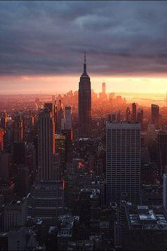 New York Will unbedingt mal hin, aber leben will ich da nicht. Sind zu viele Leute und Lerm.