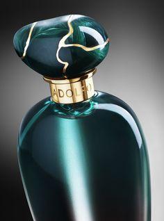 6610cc74a61d8 Adolfo Domínguez presenta su nueva fragancia, una fragancia ÚNICA.   carolinaherrera  perfume  perfumes Guatemala