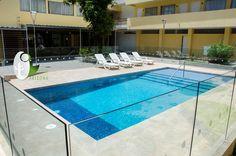 Piscina Hotel Arizona Suites