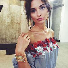 WEBSTA @ koronacrown - @razanalazzouni 😍----- #embroidery #fashionable #fashionblog #fashionista #fashionblogger #wonderful #wonderwoman #womenfashion #accessories #luxurylife #luxury #loveit #fashiondiaries #ootd #ootn #fashiondress #красота #красивоеплатье #outfit #picoftheday #мода #стиль #Paris #dress #moda #london #newyork #moscow #москва #вышивка