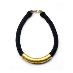 Mamazoo: Mamba Necklace Black, at 13% off!