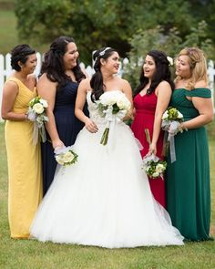 Harry Potter, Wedding, Wedding Photos, Bridesmaids, Bridesmaid's Dresses, Bride, Hogwarts, Hogwarts Houses, Gryffindor, Ravenclaw, Slytherin, Hufflepuff