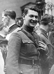 Michael Collins August 1922 10 days before he died Ireland 1916, Dublin Ireland, Ireland Map, Old Irish, Irish Celtic, Irish Independence, Irish Republican Army, Northern Irish, Irish People