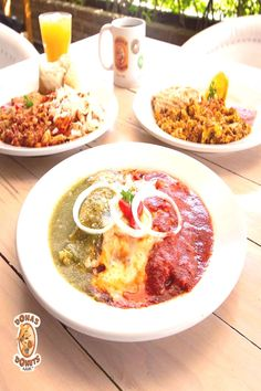 #desayunos #nuestros #comenzar #ideales #celebra #nuevos #para #food #son #las ¡Nuestros nuevos desayunos son ideales para comenzar las celebraYou can find Enchiladas mexicanas and more on our website.¡Nuestros nuevos desayuno... Enchiladas Mexicanas, Chicken Enchiladas, Curry, Ethnic Recipes, Massage, Website, Food, Pictures, Image