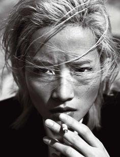 Numéro China 'Walk the Line' Model: Jasmine Feng. Stylist: Jerry Ng. Makeup: Daniel Zhang. Hair: Tao Chen.