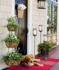cool 43 Pretty Spring Front Porch Decorating Ideas https://decorke.com/2018/05/29/43-pretty-spring-front-porch-decorating-ideas/