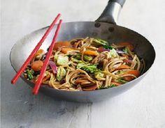 Low FODMAP Recipe - Veggie yakisoba noodles http://www.ibssano.com/low_fodmap_recipe_veggie_noodles.html