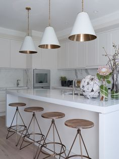 Get the look : industrial barstools in white kitchen