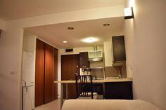 Vanzare apartament 2 camere Obor bloc nou Bathroom Lighting, Beautiful Homes, Bucharest, Real Estate, Mirror, Studio, Modern, Furniture, Home Decor