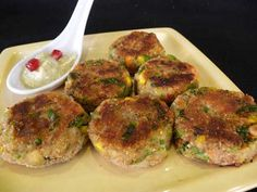 Aloo Kay Cutlets recipe. A quick n easy way to make this mouthwatering appetizer. Posted by Roohi.