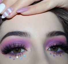 Unicorn Makeup: 50 cute ideas and tutorials to do at home . - Maquiagem de unicórnio: 50 ideias fofas e tutoriais para fazer em casa Unicorn Makeup: 50 Cute Ideas and Tutorials to Make at Home Makeup Eye Looks, Creative Makeup Looks, Eye Makeup Art, Cute Makeup, Pretty Makeup, Eyeshadow Makeup, Eyeliner, Beauty Makeup, Makeup Brushes