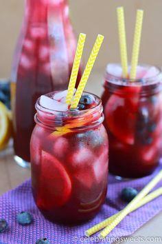 Blueberry Lemonade ~ Light and refreshing homemade lemonade flavored with fresh blueberries. Perfect summertime beverage recipe! ~ http://www.julieseatsandtreats.com