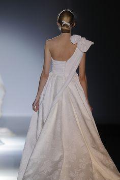 Vestidos de novia de Franc Sarabia 2014 #boda #vestidos