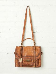 ❥ Buttery soft leather satchel
