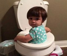 These Funny Pictures Prove That Kids are Basically Very Tiny Insane People. Best Funny Images, Funny Pictures For Kids, Funny Videos For Kids, Weird Pictures, Baby Pictures, Funny Babies, Funny Kids, Cute Kids, Hey Brother
