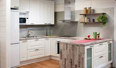 Sisustusvinkki: Saat persoonallista ilmettä keittiöön jatkamalla pöytätasoa lattiaan asti!