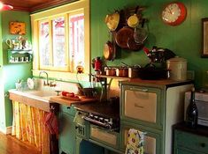 Great farmhouse sink stove, green kitchen, design kitchen, sink, country kitchens, cottage kitchens, kitchen designs, vintage kitchen, retro kitchens